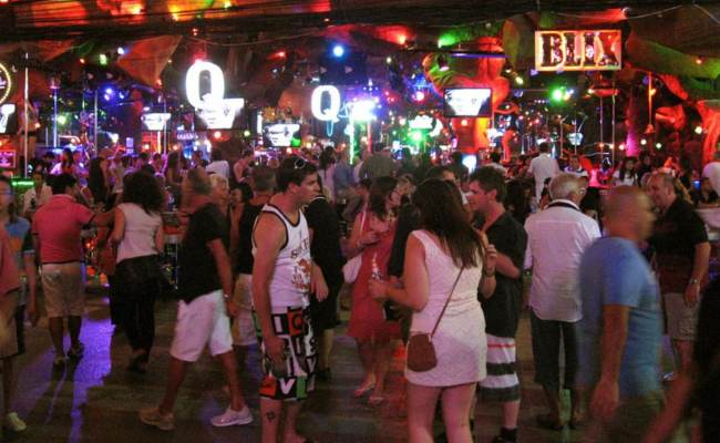 Beach-Bars-patong