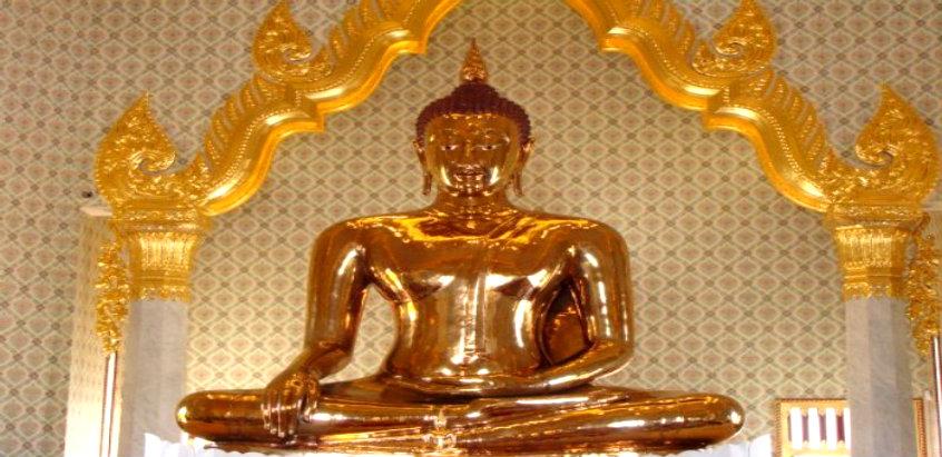 golden-buddha-traimit