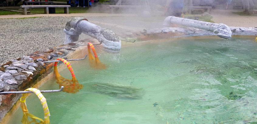 hot-spring-sankampaeng-chiang-mai