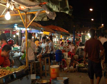 phitsanulok-night-bazaar